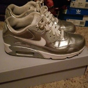 Metallic silver Nike air max